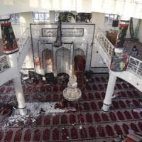 Afghanistan, strage in due moschee:oltre 70 morti video. E a Kabul razzi