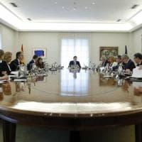 Spagna, governo riunito su crisi Catalogna: verso l'applicazione dell'articolo 155