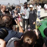 Bolt in macchina con Hamilton: