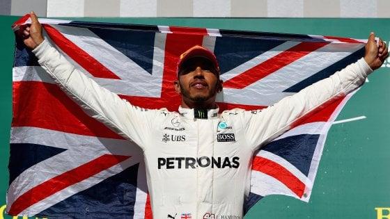 F1, Gp Usa: Hamilton vince, alla Mercedes il mondiale costruttori. Vettel secondo, Raikkonen terzo