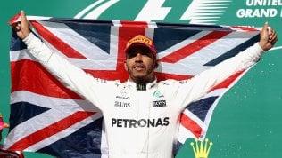 Vince Hamilton, Vettel secondo.L'inglese a un passo dal mondiale