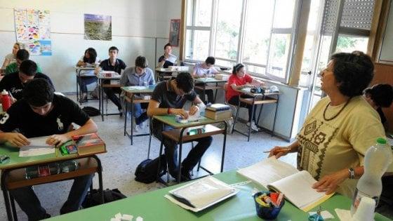 Scuola, Legge di stabilità: super aumento per i presidi, per i docenti 85 euro lordi (con beffa)
