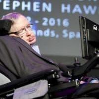 Stephen Hawking, la storica tesi di dottorato del 1966 è online