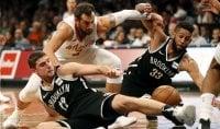 Basket, Nba: Belinelli non basta ad Atlanta, esonero da record per Phoenix