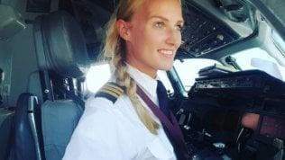 Lindy regina dei cieli: la pilotadi Boeing da 1 mln di follower