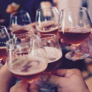 Il prezzo dell'alcol: la cirrosi epatica uccide più di 5 diversi tumori messi insieme