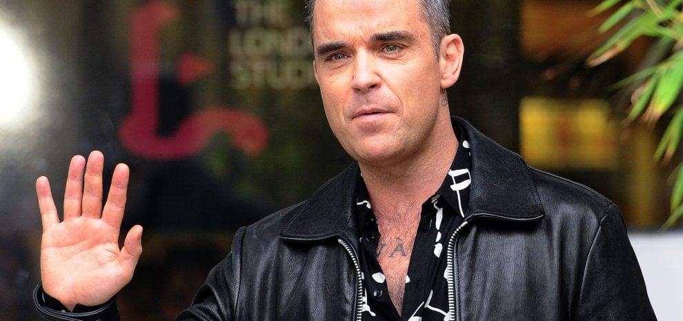 """Robbie Williams: """"Sono stato in terapia intensiva, ora sto bene"""""""