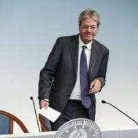 """Gentiloni sdogana i voti sporchi: """"Così o salta il bilancio dell'Italia"""". E i dem puntano pure allo Ius soli"""