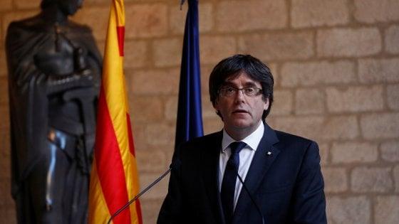 Catalogna: Puigdemont non convoca elezioni anticipate. Madrid chiede attivazione dell'art.155