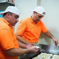 Giordania, la prima pizzeria al taglio italiana, gestita da rifugiati iracheni