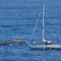 L'incubo di Jennifer e Tasha: 5 mesi alla deriva nel Pacifico