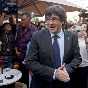 "Catalogna, ministro belga: ""Puigdemont potrebbe chiederci asilo politico"""
