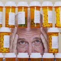 Anziani, il 20% dei ricoveri è per eccesso di pillole
