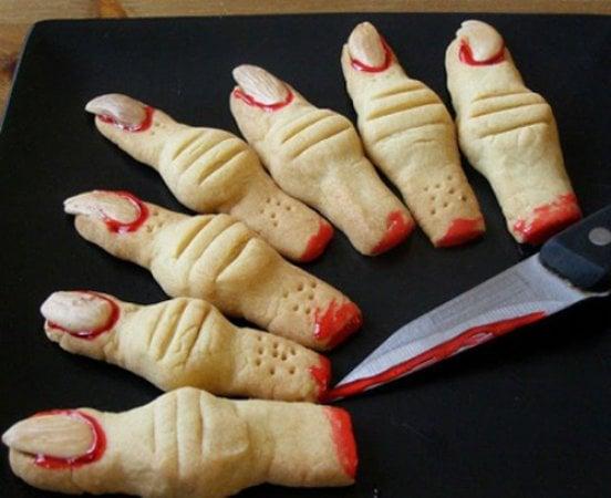 Halloween, dita di streghe e altri piccoli brividi di paura a tavola