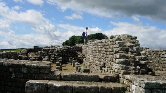 GB, Vallo di Adriano come la Muraglia Cinese: il turismo lo sta distruggendo