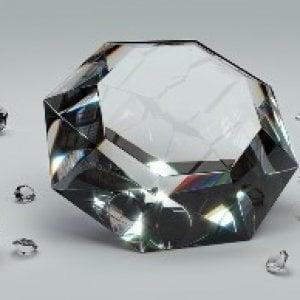 Risparmio tradito, ecco come le banche vendevano i diamanti allo sportello