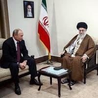 Iran, Mosca difende l'accordo sul nucleare. Putin: