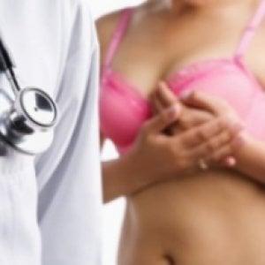 Tumori: in 5 anni un aumento del 6% fra le donne