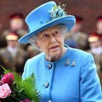 Svelati i Paradise Papers: conti off shore per la Elisabetta II. Russiagate, nuova tegola per Trump