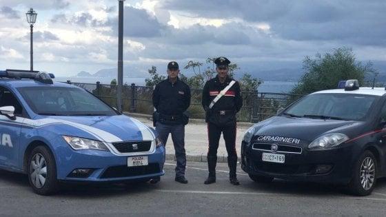 'Ndrangheta, 50 arresti in Calabria. Rampolli dei clan traditi dai social: su Facebook come criminali da film