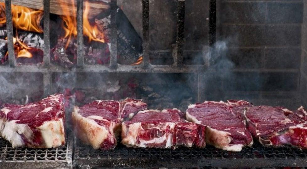 """Alla ricerca della """"fiorentina perfetta"""": le 15 trattorie  dove vince la tradizione"""