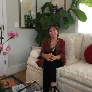 """Isabel Allende: """"Alla mia età è tornata la stagione dell'amore"""""""