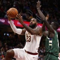 Basket, Nba: Cleveland ritrova il sorriso, Clippers ko senza Gallinari