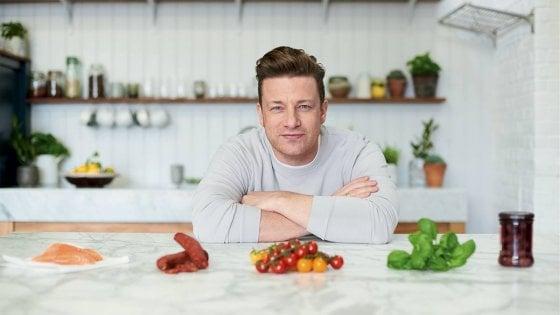 Dolci Natalizi Jamie Oliver.Per Divertirsi A Tavola Bastano 5 Ingredienti Parola Di Jamie