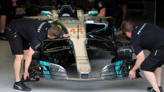 F1: Brasile, Hamilton top nelle prime libere. Terzo Raikkonen
