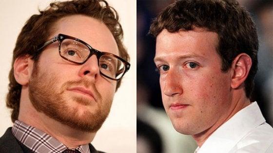 """L'altro papà di Facebook lancia l'allarme. Sean Parker: """"Il social di Zuckerberg sfrutta le vulnerabilità psicologiche umane"""""""