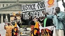 Ken Saro-Wiwa  lo scrittore e poeta  in lotta contro  il colosso petrolifero che finì impiccato  dopo un processo-farsa   di CARLO CIAVONI