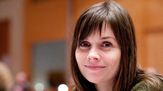 """Molestie sessuali, la leader islandese Jakobsdóttir: """"Contro gli abusi serve una politica guidata da donne"""""""