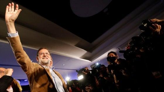 """Rajoy a Barcellona per """"recuperare la Catalogna con la democrazia"""""""