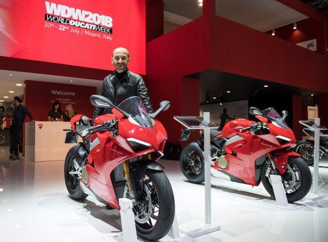 """Il pubblico di EICMA 2017 elegge la Ducati Panigale V4 la """"moto più bella"""""""