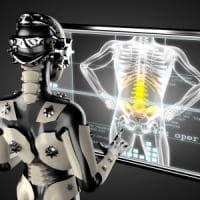 """In Italia il """"dottor Robot"""" opera 15 mila volte all'anno"""
