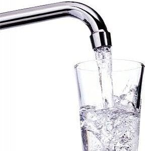 Acqua, come bere la quantità giusta anche in inverno