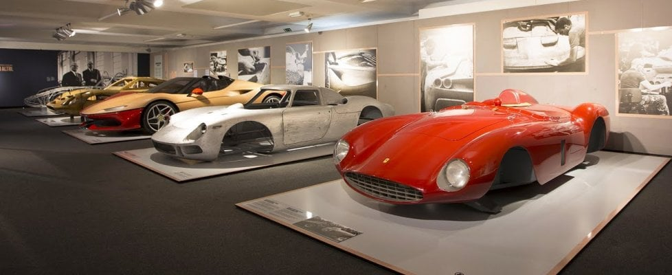 """Under the Skin"", la Ferrari conquista il Design Museum di Londra"