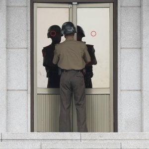 Corea del Nord, disertore cerca di scappare e viene ferito dai suoi compagni