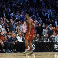 Basket, Nba: LeBron trascina Cleveland, Golden State non si ferma più