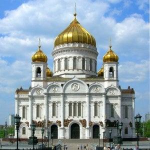 """Russia, la protesta contro centinaia di nuove chiese: """"Inutili e ci tolgono il verde"""""""