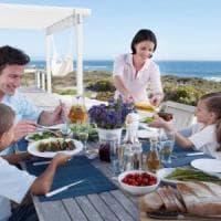 A tavola con lentezza, in salute se si mangia lentamente
