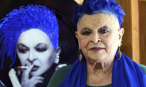 Lucia Bosé rischia due anni di carcere per aver 'rubato' e venduto un dipinto del suo amico Picasso