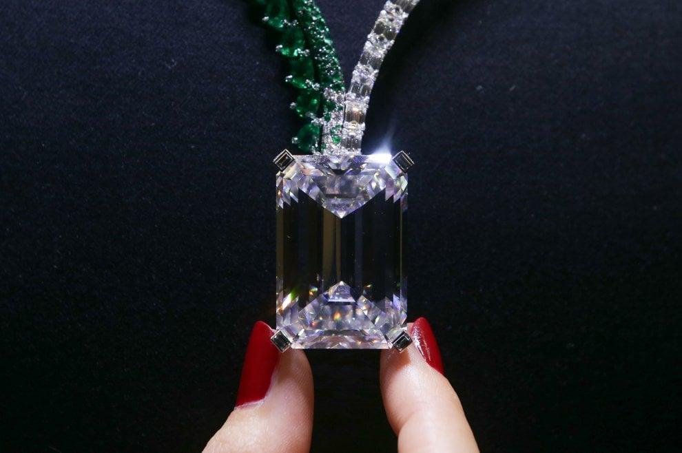 Asta record da Christie's: diamante venduto per quasi 29 milioni di euro