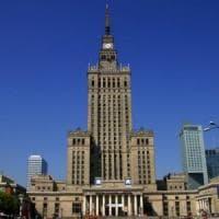 Varsavia, a rischio il palazzo della Cultura, simbolo dei legami con la Russia di Stalin
