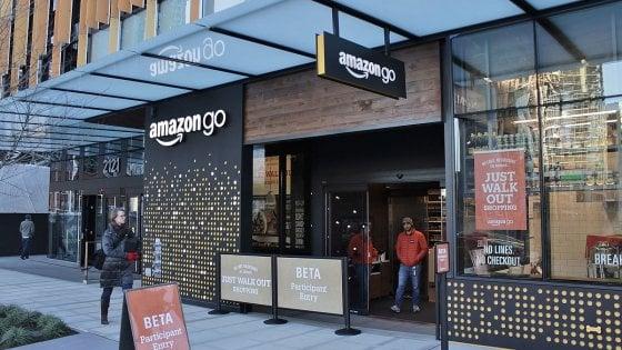 Amazon, quasi pronto il supermercato senza cassieri