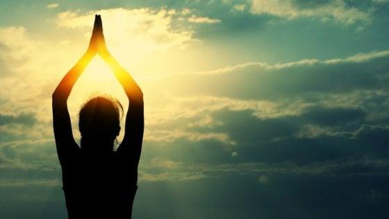 """Tumore del polmone, lo yoga """"di coppia"""" può aiutare"""