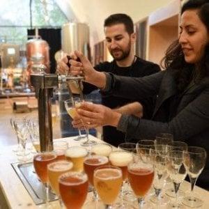 Birra, consumi per 6 miliardi. E gli italiani non tagliano le spese per mangiare e bere fuori casa