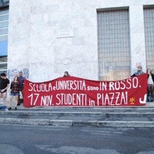 Studenti in piazza contro Legge di bilancio e Alternanza
