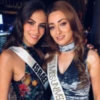 Miss Iraq con Miss Israele: bufera sul selfie delle due reginette