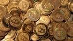 Bitcoin non frena la corsa, sfiora quota 8mila dollari